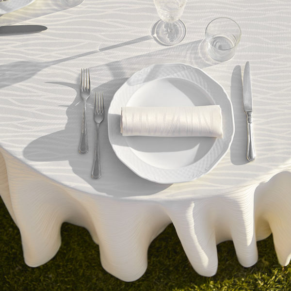 Magilu International - Tovaglia antimacchia e antistiro su misura per ristorante - Mod. Francese